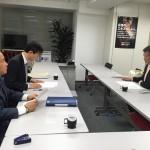 馬淵澄夫選挙対策委員長との意見交換を行っております。