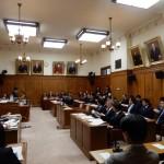 議院運営委員会で質疑が行われました。