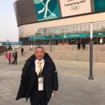 第2回 日韓議会未来対話に参加するため、大島理森衆議院議長を先頭に超党派の議員団で今朝羽田空港を飛び立ち、お昼に在韓国大使館からのブリーフィングを受け、夕方よりクァンドンホッケーセンターで、女子アイスホッケー 日本対スウェーデン戦の競技視察を行いました。