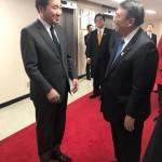 政府ソウル庁舎にお邪魔をし、李洛淵国務総理と日韓関係などについて意見交換を行わさせていただきました。