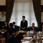 JR橋本駅頭〜党国対理事役員会合同会議〜国会見学〜ビデオレター撮影〜各種会議などがあり、国会におります。