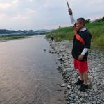 相模川の鮎釣り  新潟から戻り、友人と娘と一緒に相模川へ向かいました。