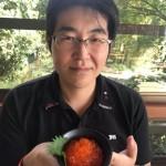 幼馴染みの久保田さんと相模原市を代表する川魚料理店「ひょうろくだま」さんにて、鱒の唐揚げや鱒のいくら丼をいただいております。