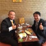 本日より臨時国会スタートのため、国会内の「喫茶 あかね」さんの国会カレー(760円)を樽床伸二総務大臣といただきました^ ^