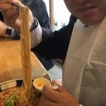 本日のランチ  支那麺 はしご 赤坂店にて、排骨担々麺とミニライスをいただきました。