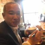今朝は橋本駅頭後、市場飯をいただきに相模中央青果地方卸売市場内にある「食事処 禅」さんで、さば天ぷらと焼肉定食(600円)をいただきました^ ^