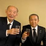 藤井裕久先生の秘書時代よりお世話になってきた本村後援会井上正之名誉会長(87歳)が他界され、本日藤井裕久先生と一緒にお別れの席に参列させていただき、思い出話を皆さんとさせていただきました。