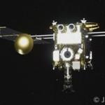 本日14時半、地球からおよそ22万km離れた場所でカプセルの分離に成功しました。